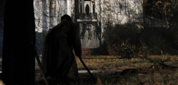 Dark-House-2014-Movie-1