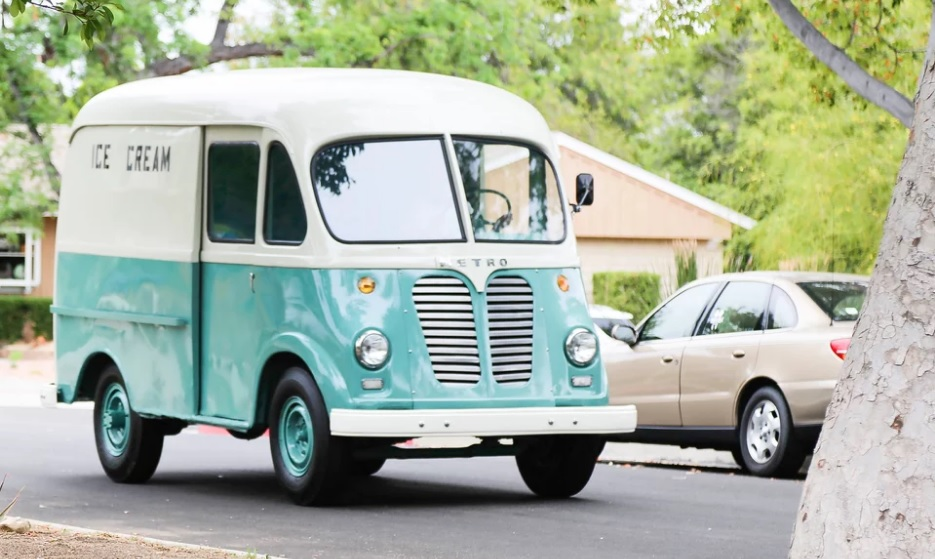 Exclusive: Megan Freels Johnston Talks \'The Ice Cream Truck\' and New ...