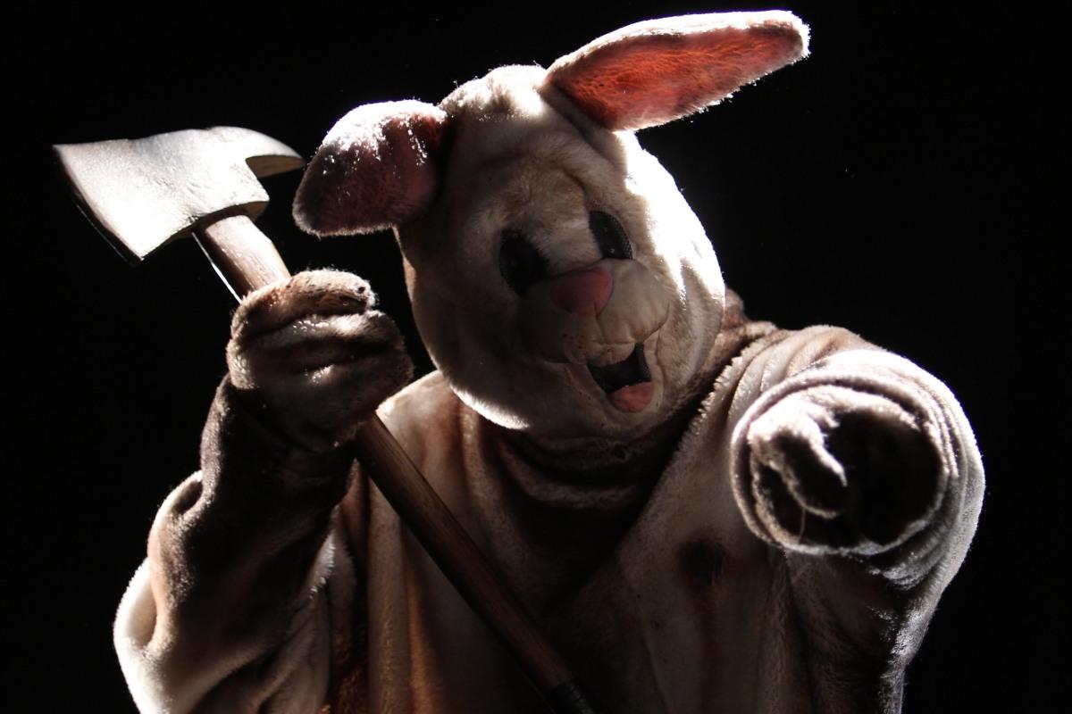 Картинки заяц с топором