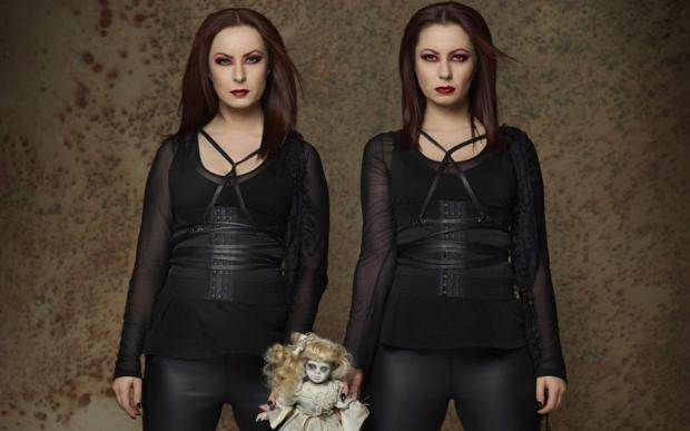 Soska_Twins_Alt_Edit_2-1200x750